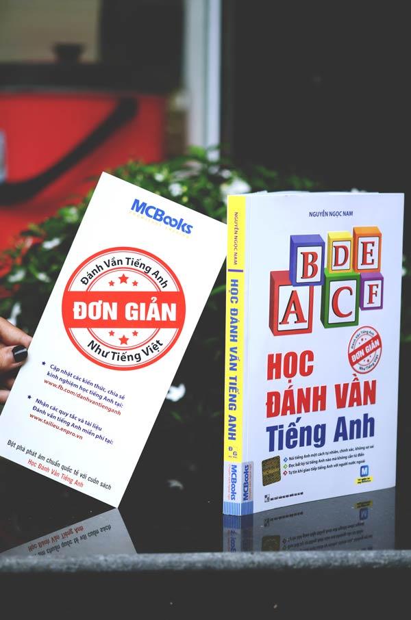 Ảnh 8: Ngoài quy tắc đánh vần, Học đánh vần tiếng Anh còn kèm app học MCBooks giúp người học thuận lợi hơn trong quá trình học.
