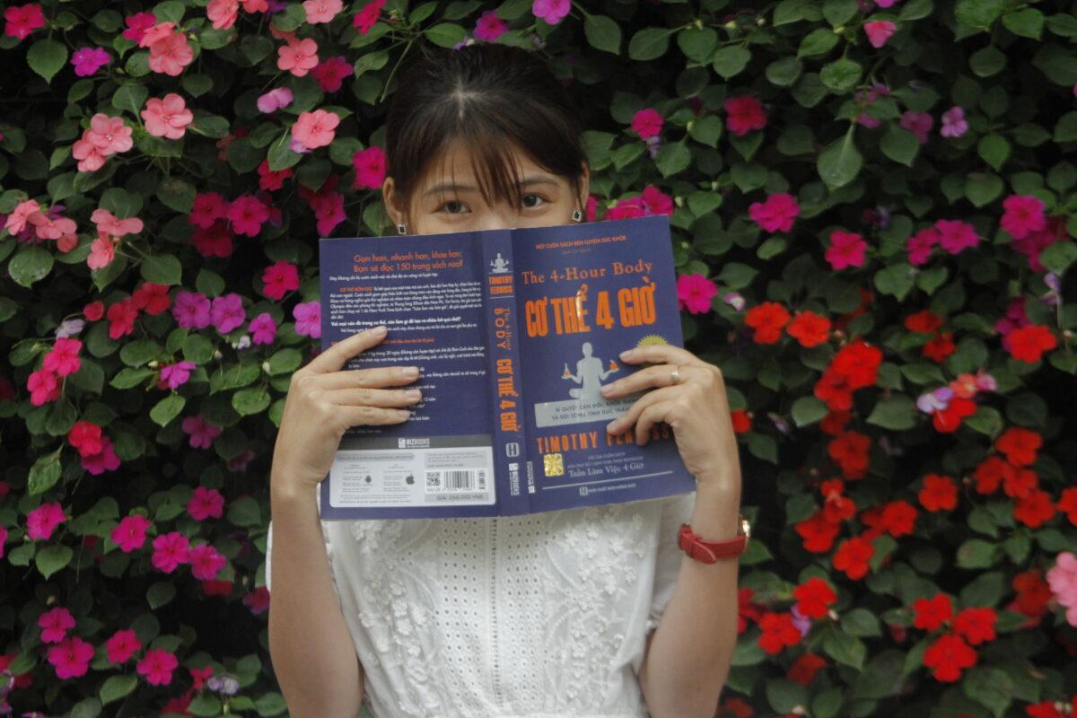 Độc giả Cao Phượng review về cuốn cơ thể 4h