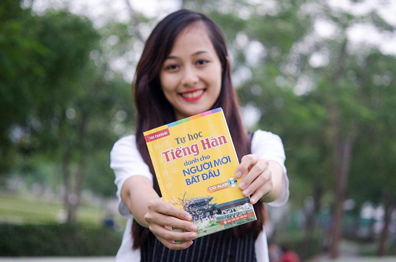 Chị Ngọc Vi - một nhân viên tại công ty Samsung chia sẻ về cuốn sách